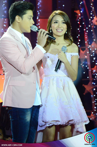 Star Magic Loveteams at the ABS-CBN Christmas Special 2014